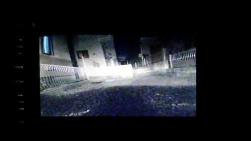 夜間の映像