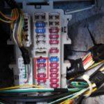 ヒューズBOXからACC電源を取る方法